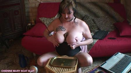 Chienne Mary French Scat Slut - Webcam Scat Show [Scat Poopping / 682 MB] HD 720p (Solo, Big pile)