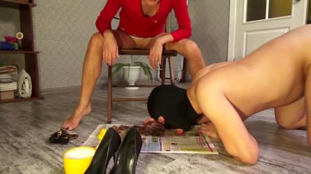 Mistress Emily - Shitting in Red Sexy Dress [Defecation / 788 MB] FullHD 1080p (Shit, Femdom Scat)