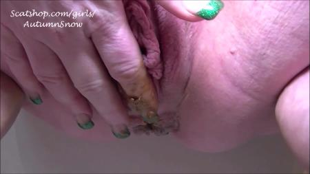 Autumn's Awesome Shit - 3 Pushing Grunting Shits Then Cum [Scatting / 615 MB] HD 720p (Big pile, Solo)