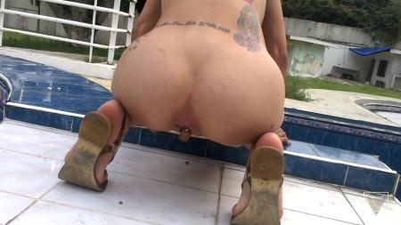 Clara Costa - Solo Scat Columbia Total Amateur By Clara Costa 6 Scenes [Defecation / 1.68 GB] FullHD 1080p (Solo Scat, Shitting)