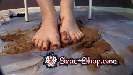 Princess Mia and toilet slave - Sexy Girl Mrs. Mia Scat Smearing [Defecation Extreme / 1.10 GB] FullHD 1080p (Foot Fetish, Solo)