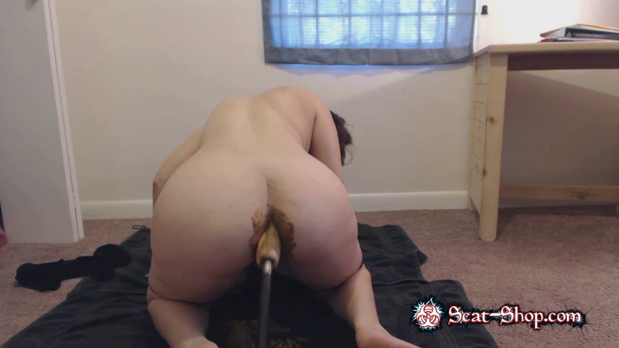 LindzyPoopgirl - POV doggystyle – Fucked up shit filled Asshole [Scatting / 481 MB] HD 720p (Pooping Girls, Dildo)