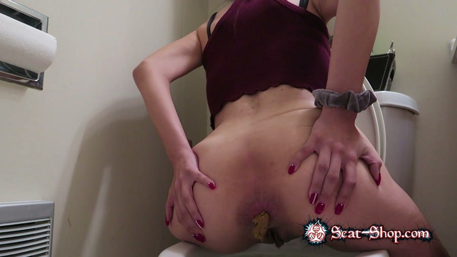 KimLee - Endless Spill [Shitting Girls / 391 MB] FullHD 1080p (Amateur, Solo)