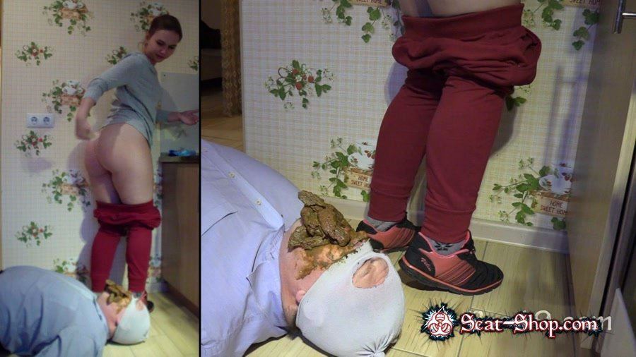MilanaSmelly - Lick the crap off the shoe [Femdom Scat / 1.40 GB] HD 720p (Group, Humiliation)