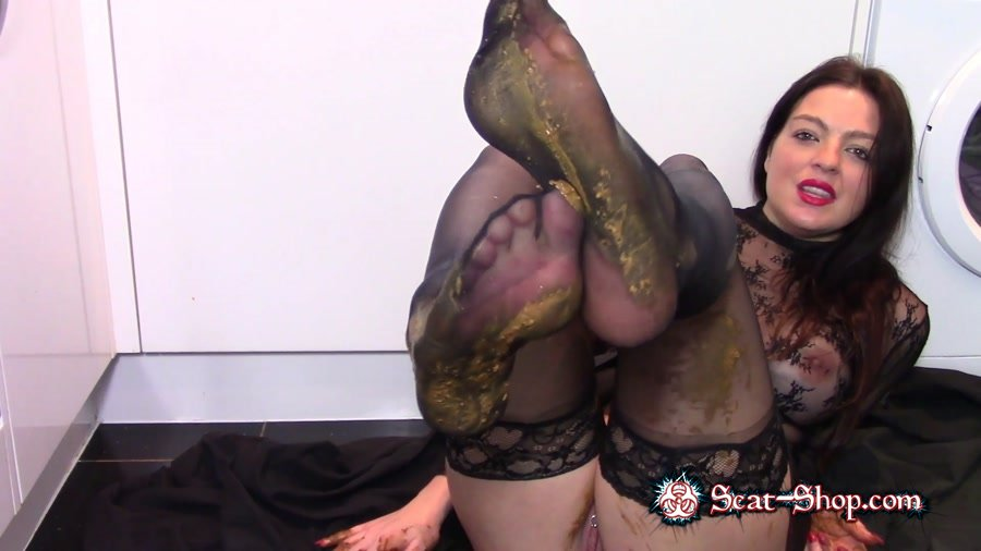 evamarie88 - Leather Boot Scat Worship [Shit In Pantyhose / 1.49 GB] FullHD 1080p (Scatology, Milf, Solo)