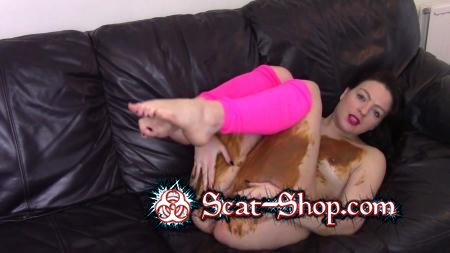 evamarie88 - Poo, Fart On Sofa And Get Messy [Cowardice / 639 MB] FullHD 1080p (Milf, Solo)